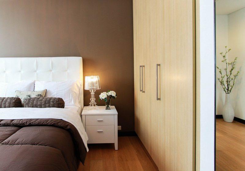 Szafy do sypialni – sprawdź, jak wybrać idealny model!